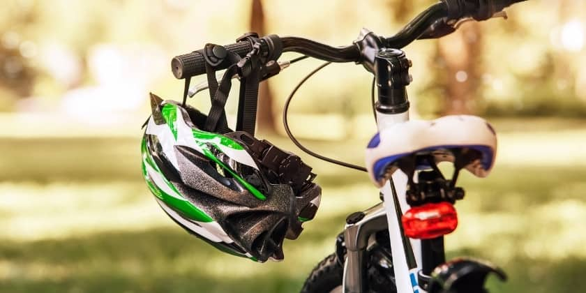 Smart Helmets for Bicycle